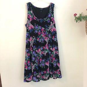 Torrid • garden floral sleeveless swing dress